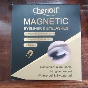 Magnetic eyeliner and eyelashes